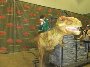 This was our final stop on the tour ... a ride on the T.Rex. Both of my kids enjoyed this little adventure the most.
