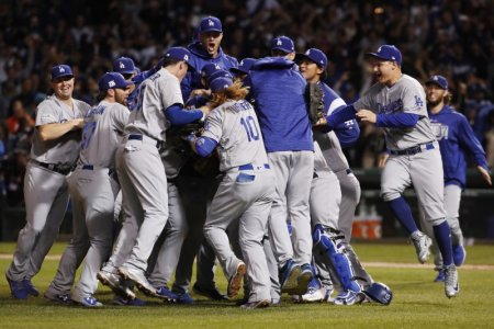 dodgers-beat-cubs-in-game-five-to-reach-world-series